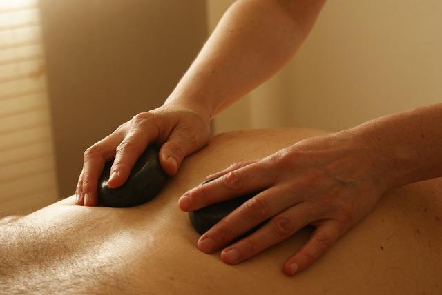 massage-389727_640