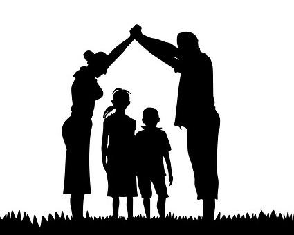 family-1266188_640