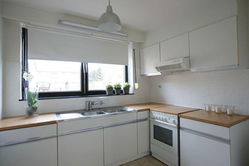... foto van de keuken NA de make-over van de vastgoedstylist