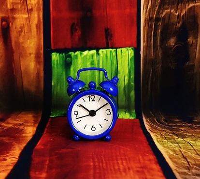alarm-clock-2096380_640